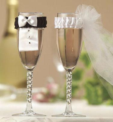 Украшение свадебных бокалов