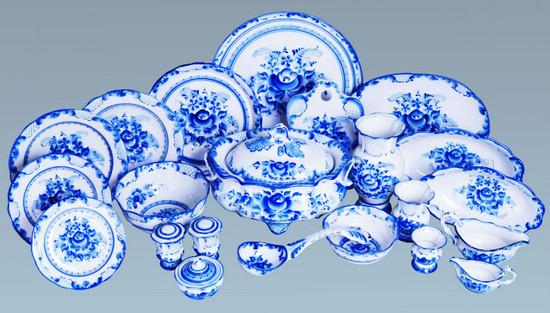 Набор посуды гжель