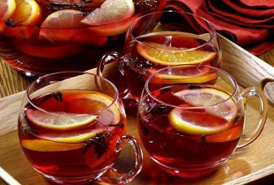Согревающий новогодний напиток - глинтвейн
