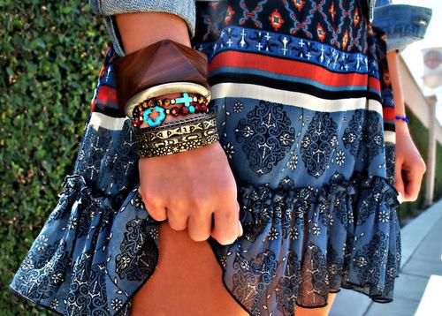 Красивая юбка и аксессуары